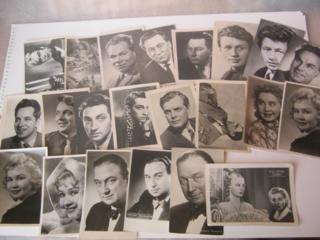 Куплю открытки актеров, поздравительные открытки, плакаты СССР.