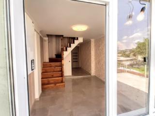 2 этажная квартира 2 спальни + (салон & кухня) 50m2 +дворик +кладовка