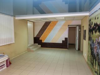 Офисное помещение с ремонтом, отдельным входом