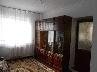 Продам трехкомнатную квартиру в центре с. Ближний Хутор