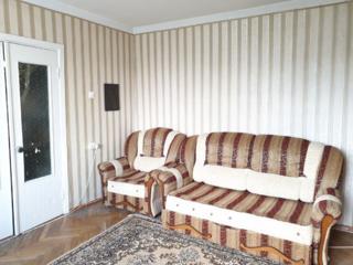 Apartament la Botanica/ 143 seria(40m2)