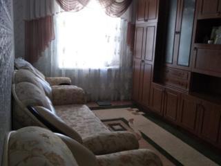2- комнатная квартира с мебелью и техникой.