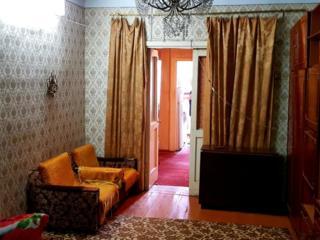 Продается 3-комнатная, 3/5, Центр Рындуника. 25.900 евро.