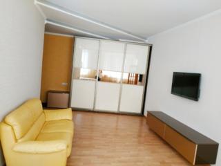 Апартаменты в элитном доме с лифтом и автономным отоплением в Центре