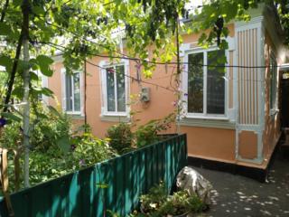 Каменный дом в районе Кирпичей