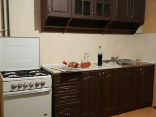 2-комнатная, меблирована, новая планировка, напротив Цирка, комнаты раздельные, кухня 12