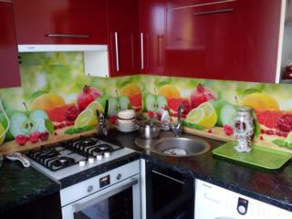Фартуки кухоные стекляные на заказ. От 900 леев за п. м.