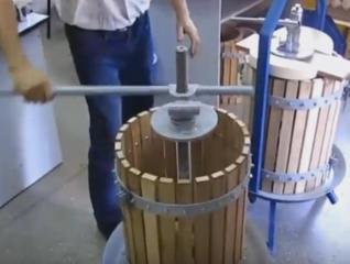 Прессы виноградные и Дробилки виноградные