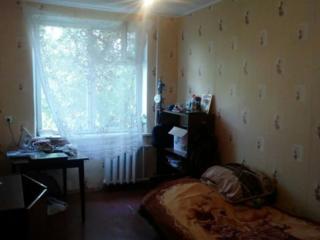 Продам 2-комнатную квартиру под ремонт, отличная планировка. Торг.