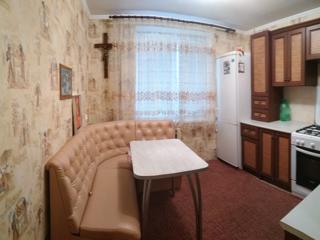 Двухкомнатная квартира 54кв. м с мебелью и техникой на Красных Казармах