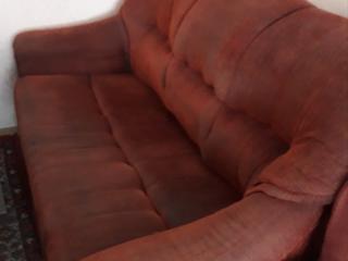 Продается диван - кровать б/у Se vinde canapea