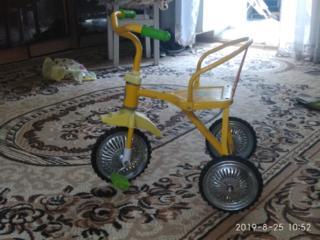 Продам детский велосипед трехколесный в хорошем состоянии. 100 руб.