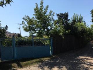 Дом, Корнешты, Унгенский район, 19 соток, гараж, погреб, колодец дворе