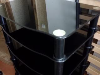 Продам стол из закаленого стекла