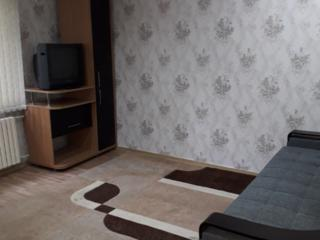 Сдам 1-комнатную квартиру с евроремонтом в центре Рышкановки