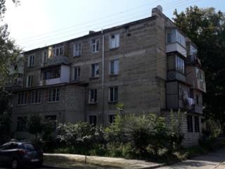 Титулеску угол Зелинского, 2-ком, теплый дом!