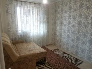 Продам огромную 4 комнатную квартиру в центре города. Отличная цена.