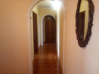Большая 4-х комнатная. 90 м2. Хороший ремонт. 143 с. Середина. Утеплен