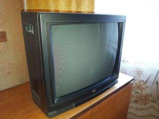 Срочно, телевизор б/у недорого