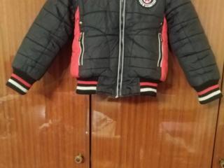 Продам курточку на мальчика, демисезонная!!!!