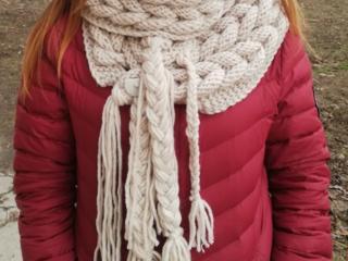 Оригинальный шарф ручной работы