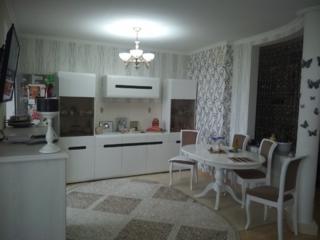 Продам 2 комнатную студия район Мечникова, ремонт встроенная мебель