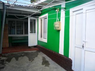 Ciocana, 3 camere, 70 m. p., curtea proprie, încalzirea autonomă, garaj