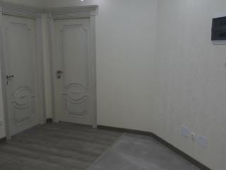 Vind apartament cu 2 odai in casa noua, incalzire autonoma!!!