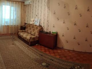 Продам 1-комнаную квартиру 8/10 в центре.