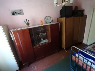Срочно-продам- 2-х комнатная-apartament cu 2 camere, Botanica