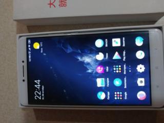 Продам телефон Сяоми Mi Max 3/32 в отличном состоянии.
