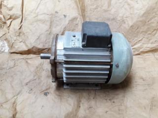 Продам двигатели, вентиляторы и редуктора разные (не дорого) 3