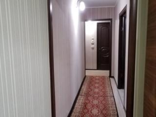 Срочно продам трехкомнатную квартиру.