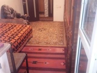 Продам 2 комнатную квартиру срочно
