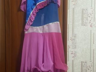 Бальные платья. Карнавальные костюмы.