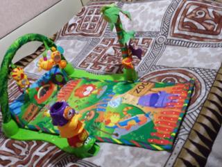 Продам развивающий коврик для малышей, 250 рублей