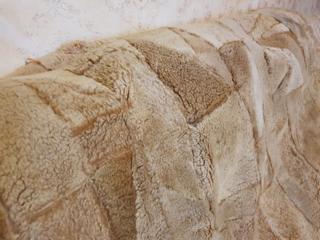 Покрывало из натуральной овечьей шкуры