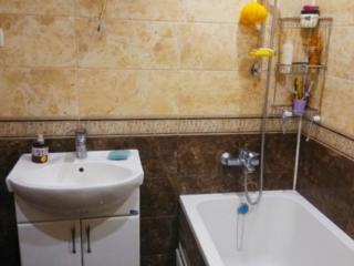 Продам 2 комнатную квартиру срочно с ремонтом