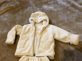 Бельцы! Продаю детский костюм осень зима на от 1,5 лет 145 лей