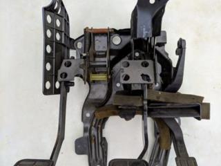 Педальный узел VW Passat B3