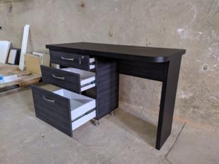 Офисный стол. Недорого новый!