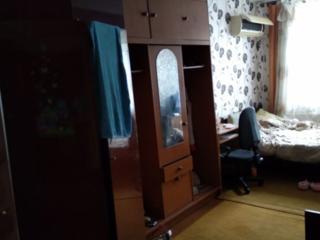 Комната в трехкомнатной квартире