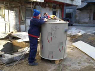 Монтаж жироуловителей, instalarea separatul grasim