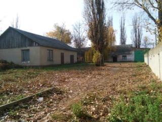 Продам 2 здания, из них офисное можно переоборудовать в жилой дом