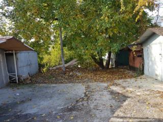 Garaj in spate la VAZ Posta Veche