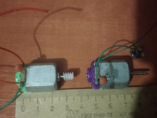 Моторчики от детских игрушек разные и маленькие динамики