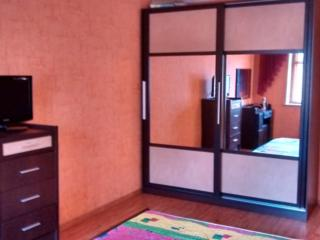 Сдам 2х-комнатную квартиру, р-н Городского стадиона.
