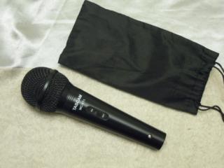 Tascam MC-VT1 вокальный динамический микрофон.