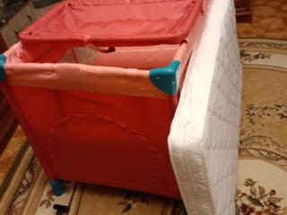 Детская кровать в отличном состоянии 4 в 1 кровать, колыбель
