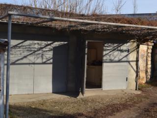 Продам гараж на две машины